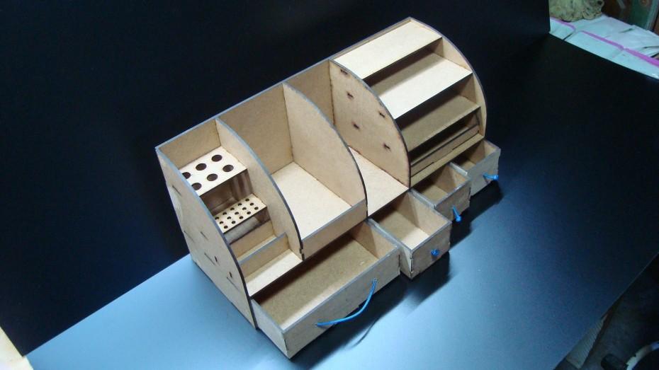 PlansByGeorgo's hobby tool organizer